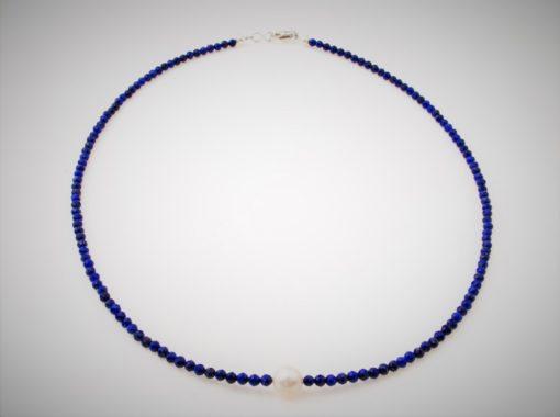 Lapiskette mit Perle